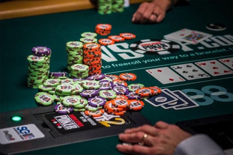 Poker là tựa game hấp dẫn tại K8